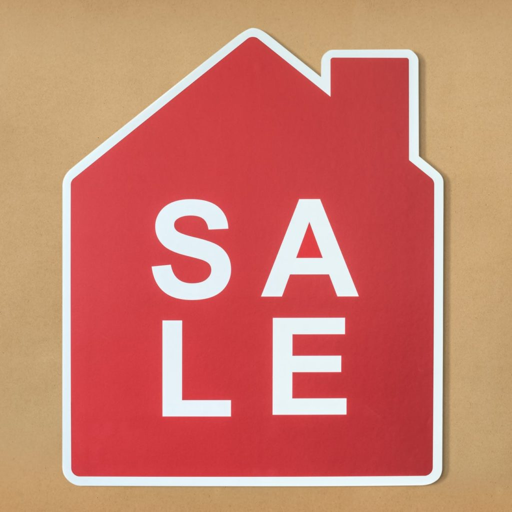 red and white sale illustration