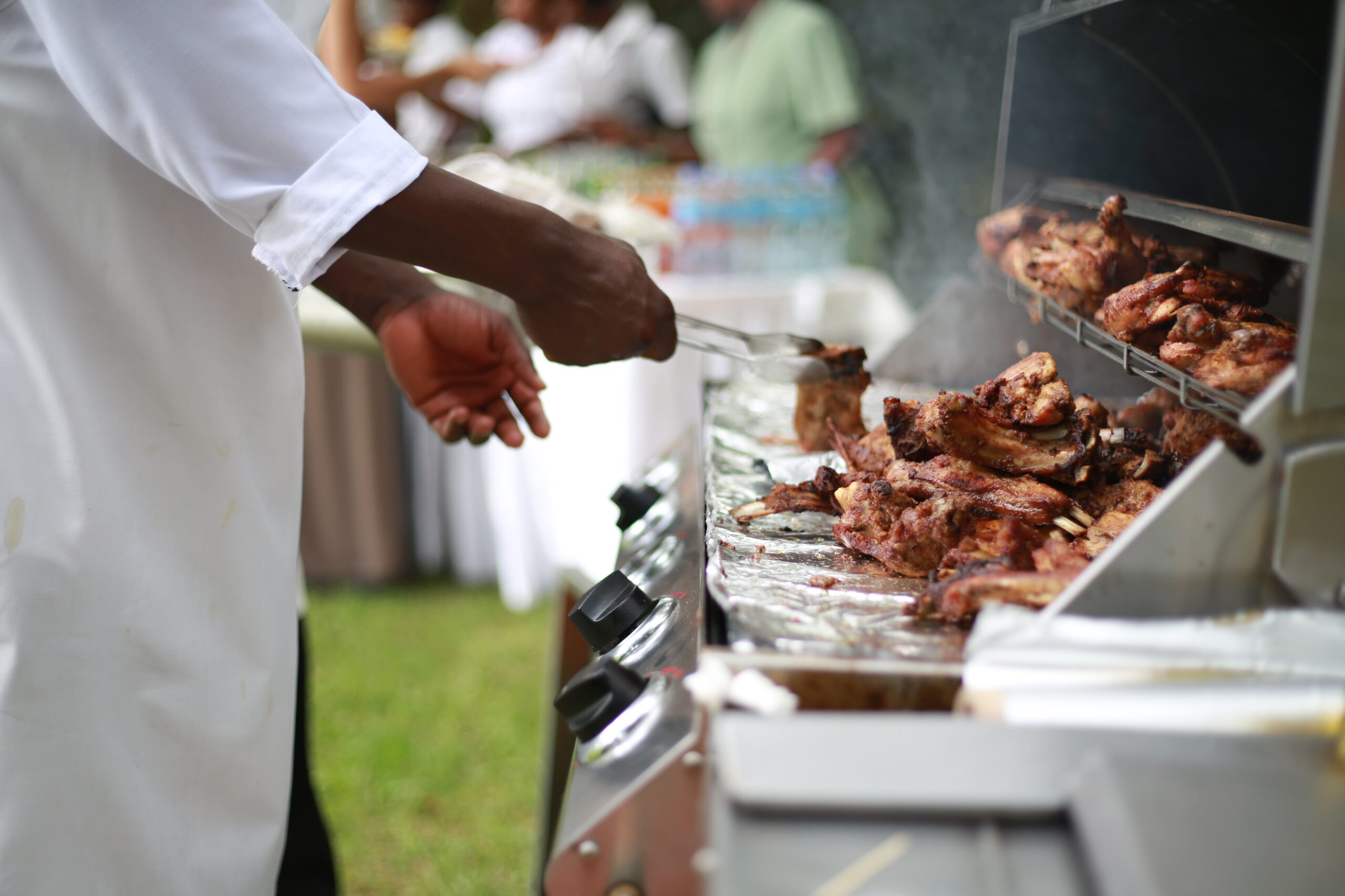 Grill chef needed
